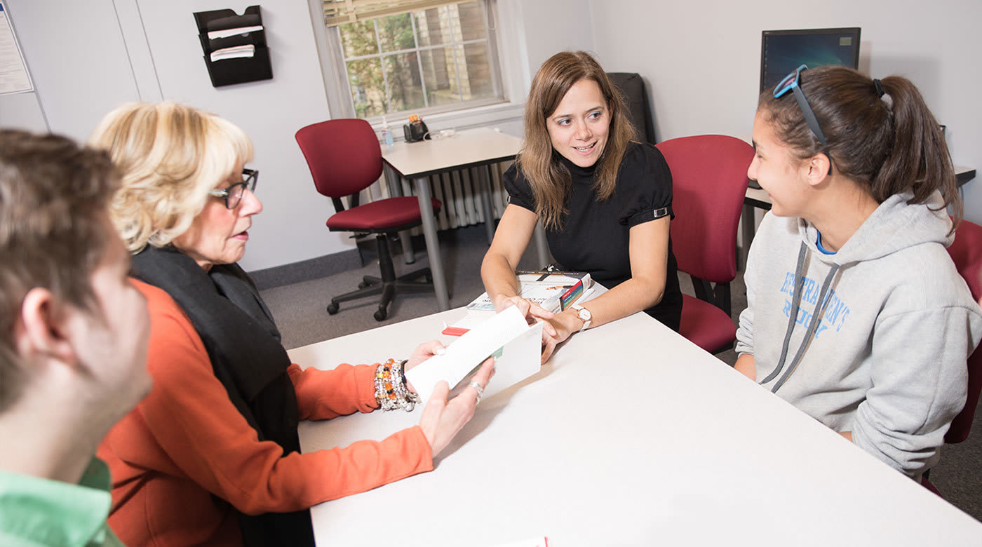 INTO霍夫斯特拉大学学生支持服务