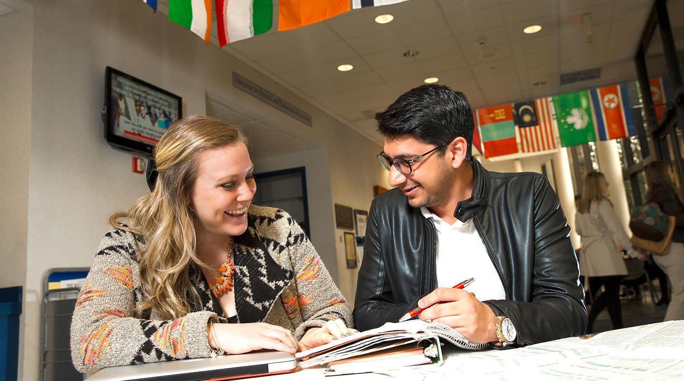 与82个国家的学生一起生活和学习