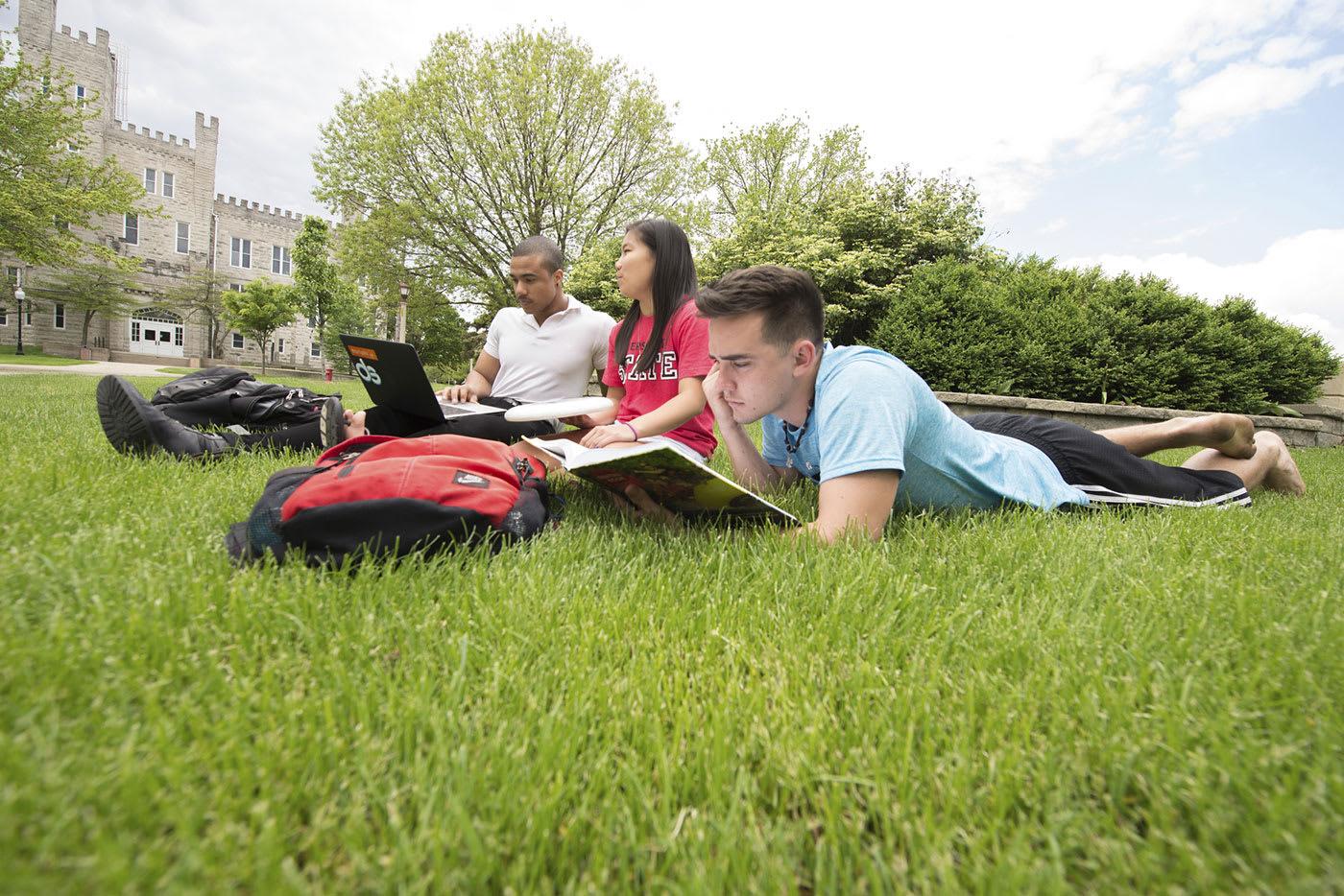 ISU group of students studying outside