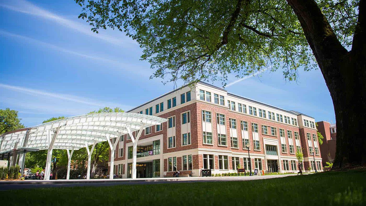 يستضيف مركز الخبرات الطلابية البرامج والمبادرات الإستثنائية