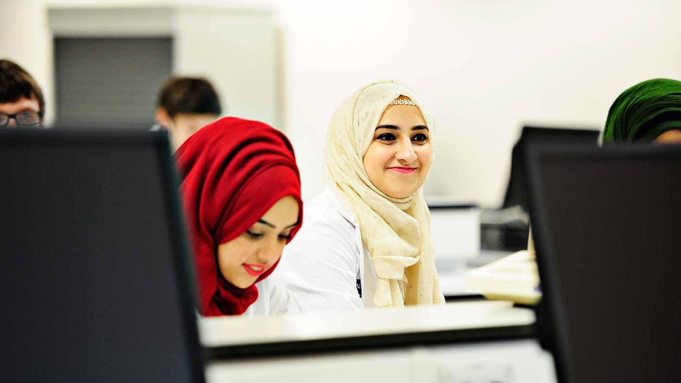 INTO Manchester in partnership with The University of Manchester pharmacy class