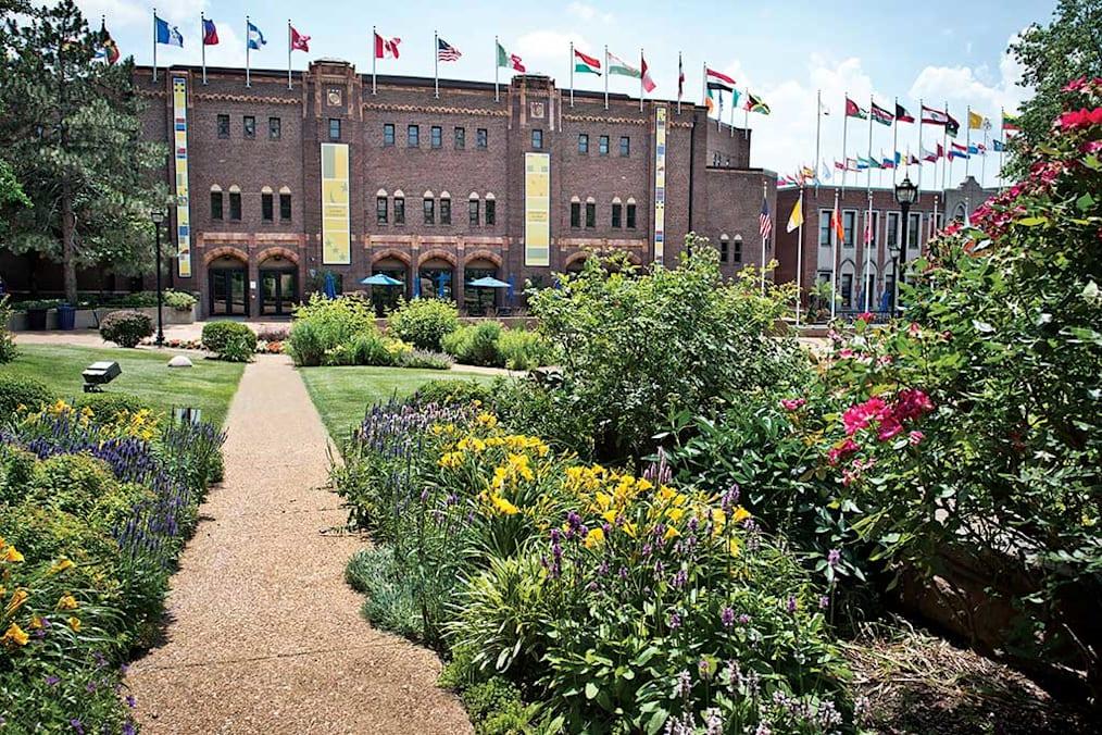 مركز جامعة سانت لويس للمواطنة العالمية