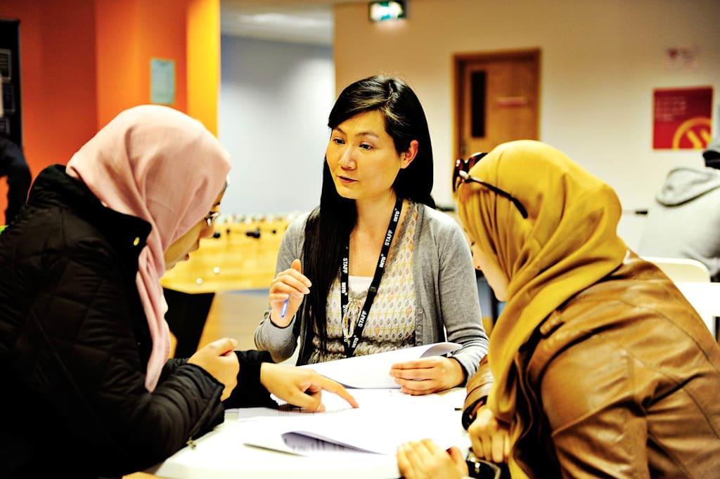 指导课和个人咨询帮助你顺利续签签证