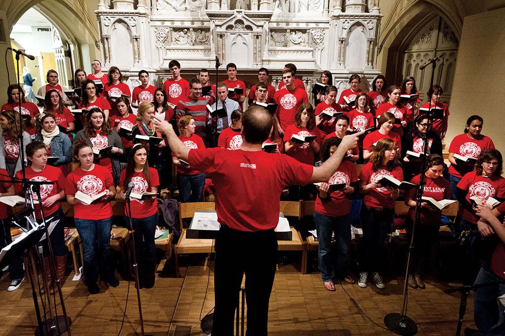 高唱圣路易斯大学的赞歌