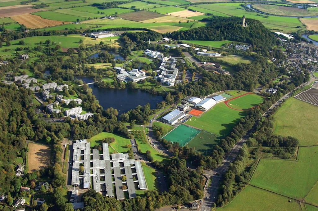大学校园鸟瞰图
